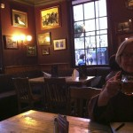 Warmed Pimm's with mom at the King's Arms...Clarendon out the windows.